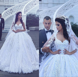 Wholesale 2018 Arabic Luxury Ball Gown D Flower Lace Wedding Dresses Princess Style V Neck Sleeveless Bridal Gowns Vestido De Noiva