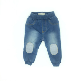 Barato Bebê Longo E Magro-Baby Clothes Boy Girls Jeans Skinny Knitting Denim Soft Patch Elastic Fashion Long Pants Spring Autumn Infant