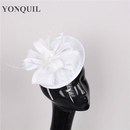 Wedding Hair Diy Canada - White or multiple colors DIY fascinator wedding hat bridal with feather headpiece party hair accessories women elegant event headwear
