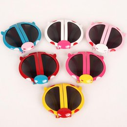 Discount folding sunglasses - Cartoon Lovely Kids Sunglasses Folding Foldable glasses Sun-Shading Mirror Baby Multi-Colors Beetle beach Sunglasses for