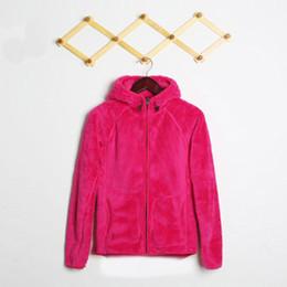 ladies softshell jacket 2018 - 2017 New Winter Women Fleece Osito Jackets Fashion Winter Oso Hooded SoftShell Jacket Ladies Outdoor Down Ski Coat Windp