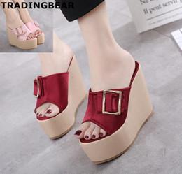 f76ef439 Sandalias atractivas de la cuña de las señoras con los zapatos rojos del  alto talón del satén del rojo de vino de la hebilla Tamaño 34 a 39