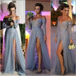 Barato Coral Alta Moda Vestidos-2016 New Fashion Long Sleeves Dresses Party Evening A Line Off Shoulder High Slit Vintage Lace Grey Prom Dresses Long Chiffon Formal Gowns