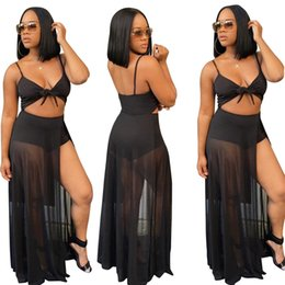 Barato Malha Profunda V Pescoço Vestido-2017 Summer Woman New Fashion Tight Deep V Neck Harness Dress Mulher Black Sexy Nightclub Leite Seda Malha Splicing Bodycon Shorts Jumpsuits