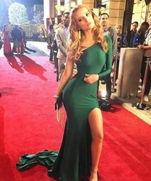 Emerald Green One Shouldered Dress Canada - Hot Emerald Green Sexy Split Evening Dresses 2017 Mermaid Stretch Satin Long Sleeves One Shoulder abendkleider Prom Party Celebrity Gowns