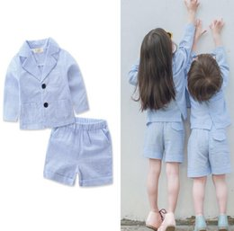 Manteau De Vêtements Pour Enfants Pas Cher-Ins Summer Kids Vêtements Suit Boys Girls Stripe Outfits Set de vêtements Baby Outwear Coat Shorts Suit Ensembles enfants 13195