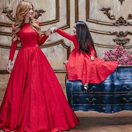5e9ddc4190 Stunning Red Long Sleeves Mother And Daughter Dresses 2017 Jewel Neck A  Line Lace Bridal Party Prom Wear Evening Gowns