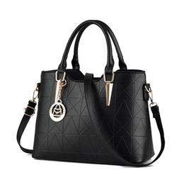 $enCountryForm.capitalKeyWord NZ - High Quality PU Leather Female Bag Metal Sheets Decoration Handbags Sweet Ladies Elegant Hot Sale Women Shoulder Bags Bolsa Feminia HL014