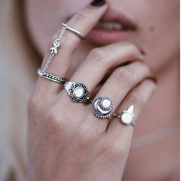 stack rings wholesale Australia - Vintage Stack Rings  Antique Silver Gold Engraved 5pcs Geometric Chain Ring Manmade Gemstone Decorated Joint Knuckle Nail Midi Ring Set
