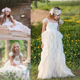 $enCountryForm.capitalKeyWord NZ - Cheap White Flower Girl Dresses For Weddings Tiered Ruffles Lace Appliqued Beads Tutu Boho Vintage Beach Little Baby Gowns for Communion
