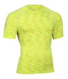 Новый 2017 мужчин слой Футболки фитнес колготки Quick Dry Crossfit сжатия одежда топы удобные спортивная одежда