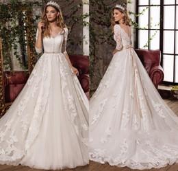 2017 Новый дизайн Sexy V-образным вырезом Элегантный бант Принцесса Свадебные платья Великолепные аппликации Vestido De Noiva Half Sleeves Горячая продажа