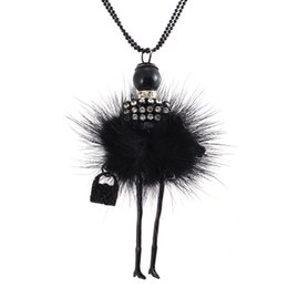 China Wholesale-Modern Design Doll Necklace Long Chain Pendant Rhinestone Necklaces Women Girl Crystal Bag Statement Jewelry Feather Fitting cheap girl doll necklaces suppliers