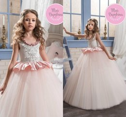 Les Petites Filles S'habillent Pas Cher-2018 Nouvelle Arrivée Nouvelle Scoop Girls Pageant Little Girls Tulle Blush Pink Princess Ball Gown Beads Cristaux Flower Girls Dress