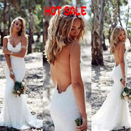 Barato Vestido Sem Alças Barato Da Sereia-2017 Vestido de noiva Sexy Backless Sereia Spaghetti Straps Popular Vintage Lace Country Garden Bridal Gowns Barato Custom Made Sweep Train