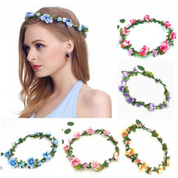 Barato Grinaldas Da Dama De Honra-Bohemian Terylene Flower Headband Garland Crown Festival Noiva de casamento Bridesmaid Hair Wreath Floral Headdress Headpiece 10 Piecs