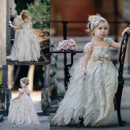 $enCountryForm.capitalKeyWord NZ - Adorable Floor Length Flower Girls Dresses For Weddings Toddler Pageant Dress With Hand Made Flowers Tulle Ruffled First Communion Gowns