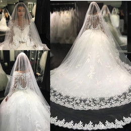luxury sexy arabic wedding dresses Canada - 2017 Sexy Luxury Arabic Ball Gown Wedding Dresses Scoop Neck Long Sleeves Lace Appliques Beaded Puffy Court Train Plus Size Bridal Gowns