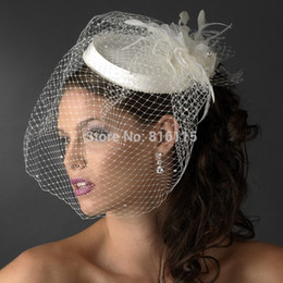 Barato Ivory Birdcage Véus Penas-2018 New Beautiful Pure Sexy White / Ivory Birdcage Bridal Flower Feathers Fascinator Face Veils Hot Sale