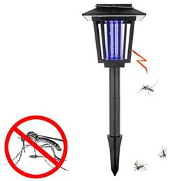Wholesale Insect Killer Garden Supplies LED Solar Powered Outdoor Lawn Pathways Mosquito Insect Pest Bug Zapper Killer