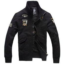 Military style jacket Baratos-Hombres New Air Force One Bombardero Chaquetas Hombres M-4XL Military Style Pilot Chaquetas Hombre Vuelo Chaquetas Y Abrigos