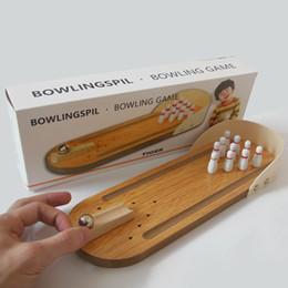 Mini bowling bureau jeux en bois enfants puzzle jouets innovants en bois massif boule de plaisir de paternité Creative toys en Solde