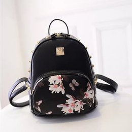 Wholesale Ladies Floral Butterfly Printed Portable Schoolbags PU Leather Backpack  Fashion Backpack Style Cute PU Backpacks bf674890c5872