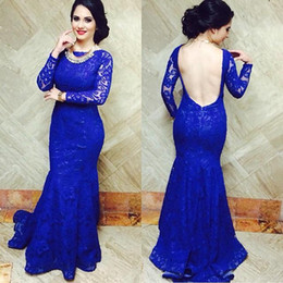 Robes De Club Bleu Foncé Pas Cher-Mermaid Lace Dark Blue Long Robes de soirée 2017 Long Sleeve Scoop Applique Backless Design Sweep Train Formal Prom Gowns