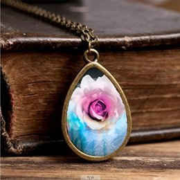 Discount beautiful white rose flowers - 2017 New White Flower Necklace Rose Petal Jewelry Tear Drop Pendant Necklaces Vintage Chain Beautiful Glass Pendants