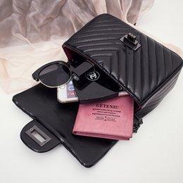 $enCountryForm.capitalKeyWord Canada - Fashion Women Black Flap Bags Plaid Pattern Lady Handbag PU Leather Clutch Wristlet Evening Bags rse Fashion Bags