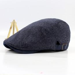 cde6af52ba0 Wholesale-2016 New Fashion Men Berets Leisure Casquette Gorras Plansa Boinas  Flat Caps Cotton Hats for Men HT51032+28