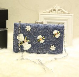 Cute Phone Chains Australia - Factory sales of brand fashion bag hand bag chain butterfly butterfly cute cartoon Yanbao simple cotton diamond party package