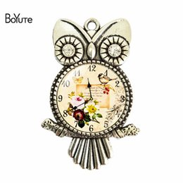 China BoYuTe (12 Pieces Lot) Wholesale 55*36*25MM Vintage Style Clock Glass Cabochon Owl Pendant Jewelry Diy Glass Stone suppliers
