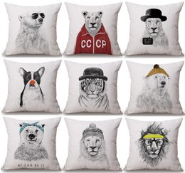 $enCountryForm.capitalKeyWord NZ - Hand Paintings Animals Cushion Covers Chic Tiger Bear Lion Dog Panda Art Cushion Cover Sofa Throws Decorative Linen Cotton Pillow Case