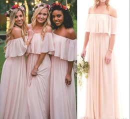 Robes Sans Bretelles Pour Le Mariage De Plage Pas Cher-2017 Blush Pink Chiffon Off the Shoulder Robes de demoiselle d'honneur Summer Beach Boho bretelles longueur de plancher upe Maid Of Honor Gowns Wedding Wear