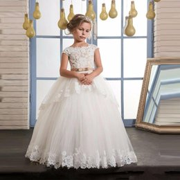 $enCountryForm.capitalKeyWord Australia - New Ball Gown Flower Girl Dresses Cap Sleeves Lace Applique with Belt Floor Length First Communion Dress For Junior Girls Bridesmaid Gowns
