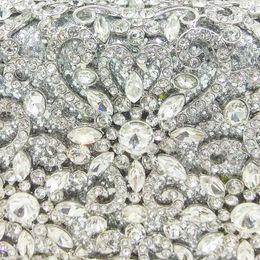 $enCountryForm.capitalKeyWord Australia - Boutique De FGG Women Silver Crystal Clutches Bag Evening Party Minaudiere Box Clutch Purse Bridal Flower Rhinestones Handbag