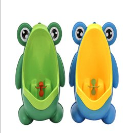 $enCountryForm.capitalKeyWord NZ - Frog Shaped Boys Stand Vertical Urinal Wall-Mounted Potty Toilet Training Kids Urinal Baby Children PP Trainer Bathroom