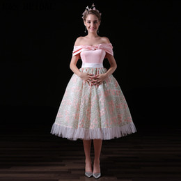 Patterned Prom Dresses Canada - Queen Vintage Tea Length Prom Dresses Off The Shoulder Pink Pattern Elegant Evening Party Gowns A026