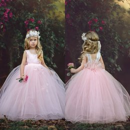 China Fabulous New Design Pink Flower Girl Dresses Princess Cap Sleeves Ruched with Hand Made Flowers Little Girls Party Birthday Gowns cheap little girls dresses designs suppliers