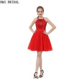 Barato Vestidos De Festa De Casamento-Cheap Red Sequins Vestido de dama de honra 2017 Short Halter Shinny Girls Party Gowns Atacado Prom Dresses B053
