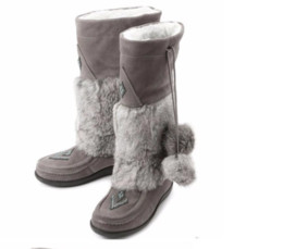 China Luxury Muks Mukluks London beading brand genuine leather mid-calf present Real rabbit fur winter snow boots Real leather shoes cheap real rabbit shoes suppliers