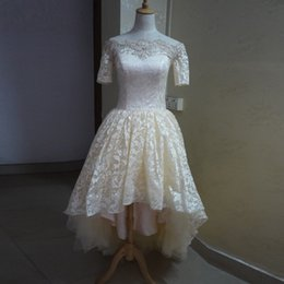 $enCountryForm.capitalKeyWord NZ - Sexy Off the Shoulder Prom Gowns Short Sleeves Light Champagne Lace Prom Dresses Short Front Long Back 2019 New Design Vestidos de Novias