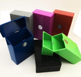 Полный пакет 20 шт пластиковых сигареты хранения Box Емкость Case Holder несколько цветов с коробкой дисплея на Распродаже