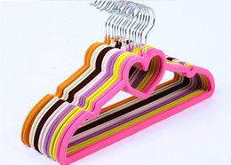 velvet clothes hangers UK - New Heart Shaped Velvet Non-Slip Thin Clothes Clothing Hangers Space Save Closet Storage Helper Household High Quality