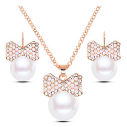 gold bow earrings pearls UK - Fine Accessories Jewelry sets Pearls Rhinestones Bow Pendants Bridal Wedding Clavicle Chain Chokers Necklaces Charm Stud Earrings For Women