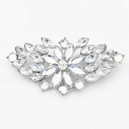 Hijab bouquets online shopping - Hot Selling High Quality Acrylic Stone Flower Women Wedding Jewelry Brooch Pins Bridal Bouquet Flower Broaches Lady Wear Hijab Pin