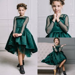 Barato Vestidos Esmeralda Verde Pageant-Adorável Esmeralda Verde Shortantante vestidos para adolescentes Tecidos de manga comprida Jewel Little Girls Prom Dress Birthday Christmas Gown