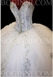 Robe De Mariage Train De Diamant Pas Cher-Ball Gown Diamonds Sparkly Robes de mariée Sweetheart Lace Chapel Train 2017 Robes de mariée de luxe Lace up Back Taille personnalisée