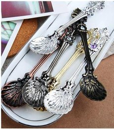vintage ice cream spoons NZ - 100pcs Retro tea Coffee Scoop of Ice Cream Spoon Vintage Palace Style Decorative Ice Cream Coffee Tea Spoon Via DHL FEDEX